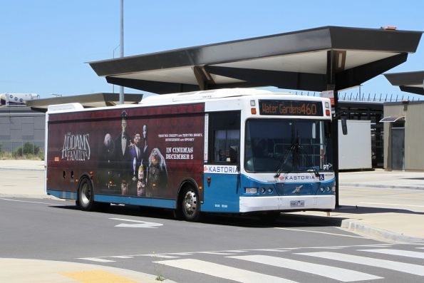 Kastoria bus 8463AO on route 460 at Caroline Springs station