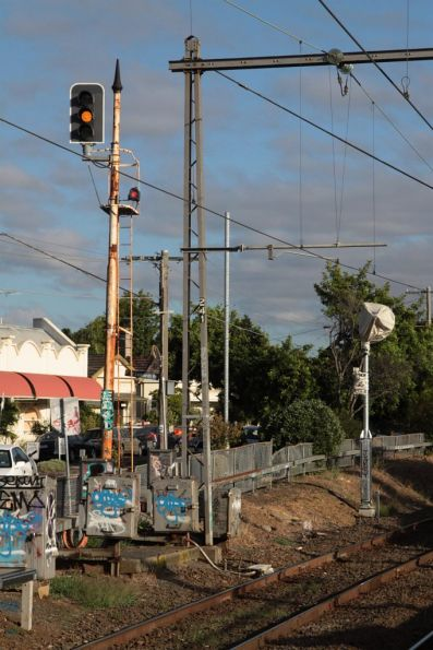 New folding mast in place with signal heads at the down end of Ascot Vale