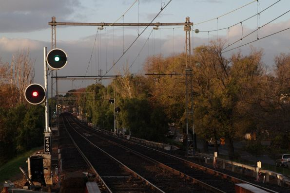 New signals commissioned at the up end of Newmarket station