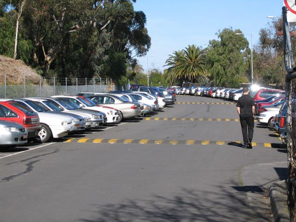 Up end of Kew station looking up the line towards Hawthorn, now VicRoads car park