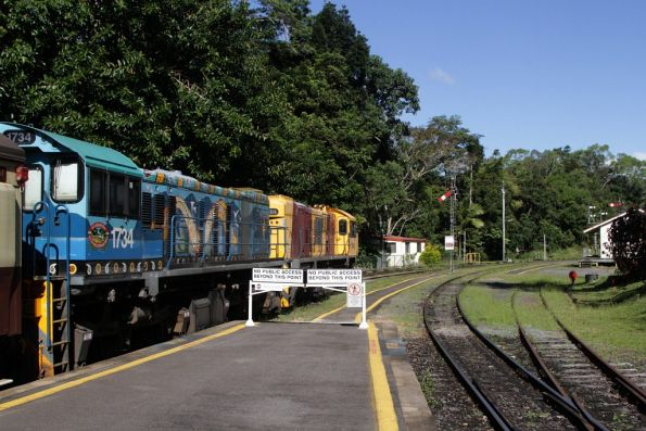 Locomotives 1734 and 1764 ready to take the last train of the day out of Kuranda station