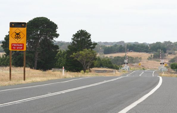 New Active Advanced Warning Sign (AAWS) at the Hamilton Highway, Inverleigh level crossing