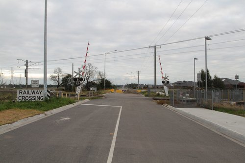 Level crossing to nowhere - Evans Road, Lynbrook