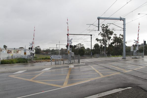 Recently duplicated level crossing at Clyde Road, Berwick
