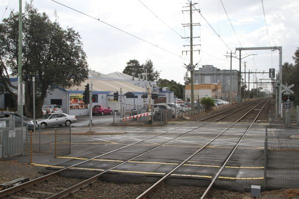 Station Street level crossing down at Seaford station