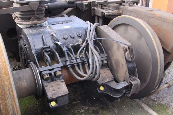 EMD D19 traction motor on the bogie of T342 (EMD G8)