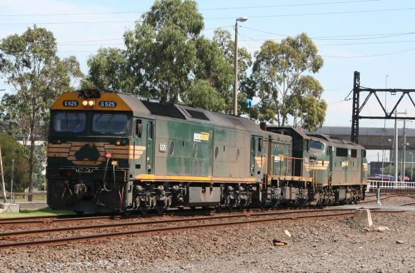 G525 T402 and A85 depart South Dynon