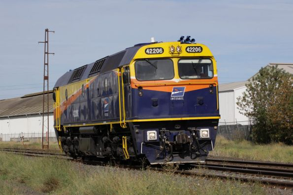 Interail livered 42206 approaches Brooklyn on return from CRT Altona