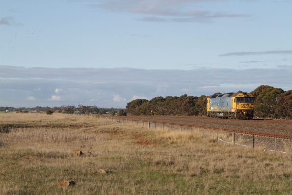 Solo G527 passes Manor Junction, headed to Melbourne on the route via Werribee