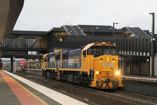 XR550 leads XR557 through Sunshine on an up light engine move from North Geelong Yard