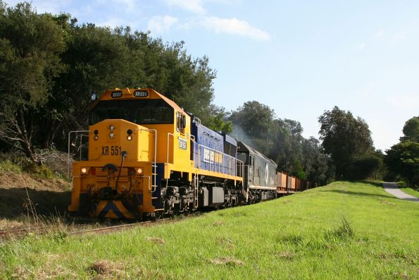 XR551 and BL30 with the down steel train outside Frankston with a load of 'butterbox' coil steel containers