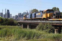 XR558 and XR559 depart South Dynon with the down steel train