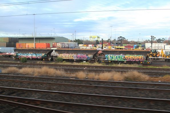 Three NGGF hoppers ready to be shunted into the Manildra siding at North Dynon