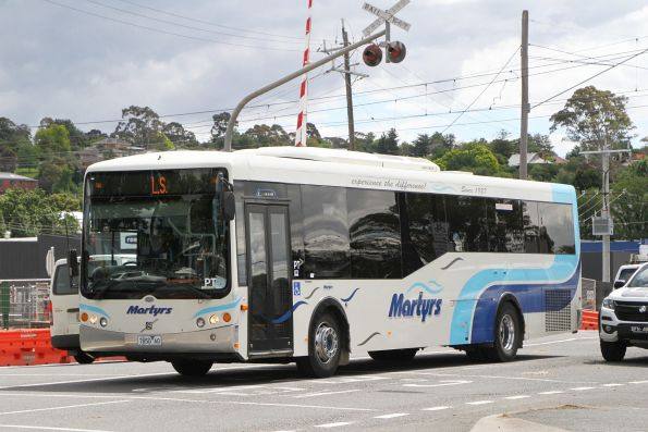 Martyrs bus #50 7850AO on a school service along Maroondah Highway, Lilydale
