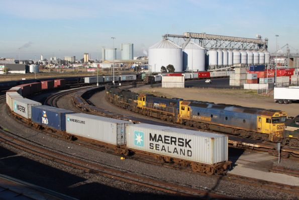 G527, X41, P22, P20 and A79 stabled at Appleton Dock, along with broad gauge trains
