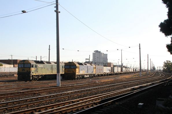 G542 and G527 stabled at Tottenham Yard with loaded container wagons
