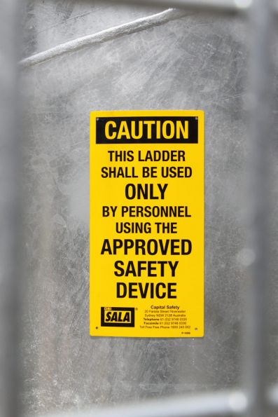Ladder warning sign on the GSM-R mast