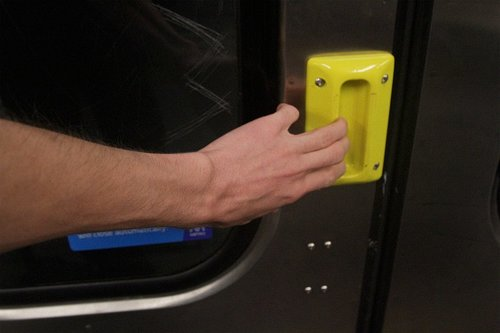 I can't see how people with frail hands will cope with these trial door handles on the Comeng trains