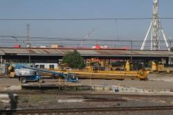Mi-Jack gantry crane now in pieces