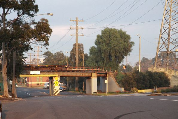 Bridge over Lloyd Street at the city end of North Dynon yard