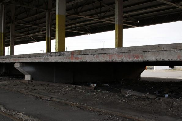 Underside of the concrete deck at platform 'H'