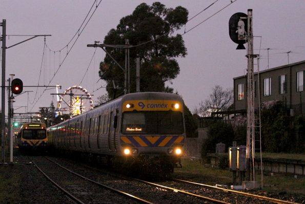Alstom Comeng heads back into town from the showgrounds