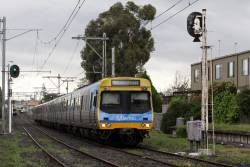 Up race special with the wrong marker lights showing at Ascot Vale Road
