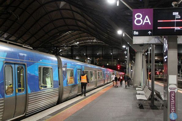 Life extension EDI Comeng 472M arrives into Southern Cross platform 8 with an Oktoberfest special from the Showgrounds