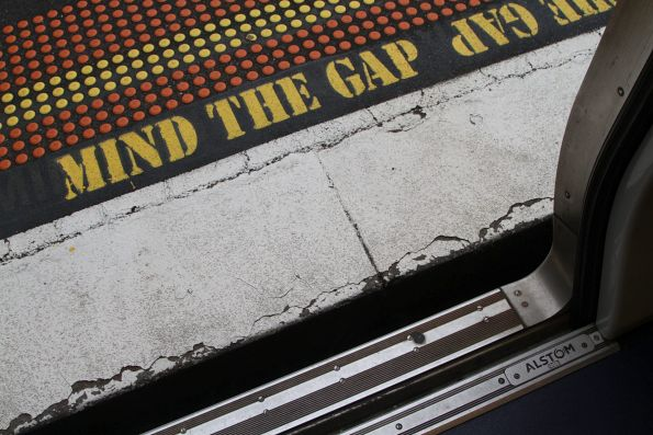 'Mind the gap' at Hawthorn station