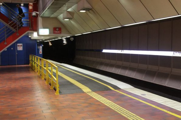 Long raised wheelchair ramp at the eastern end of Melbourne Central platform 4