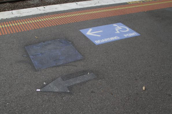 Replacement wheelchair boarding signage on the platform at Newmarket station