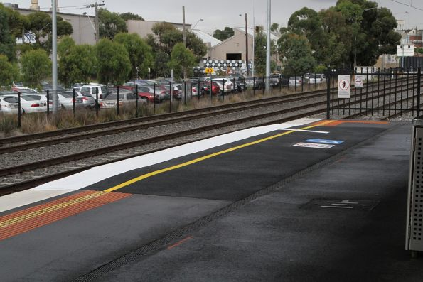 Raised wheelchair ramp at West Footscray platform 2