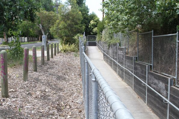 Pedestrian subway at Darebin station retrofitted with DDA compliant ramps