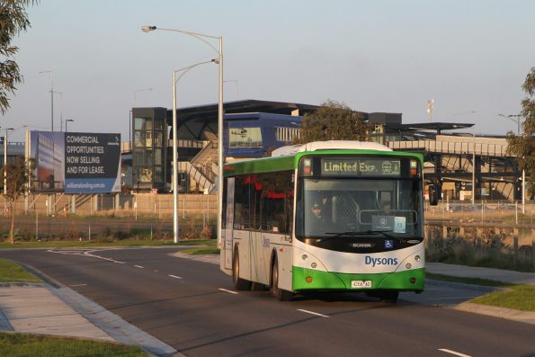 Dysons bus 4266AO on a Werribee line limited express rail replacement service at Williams Landing