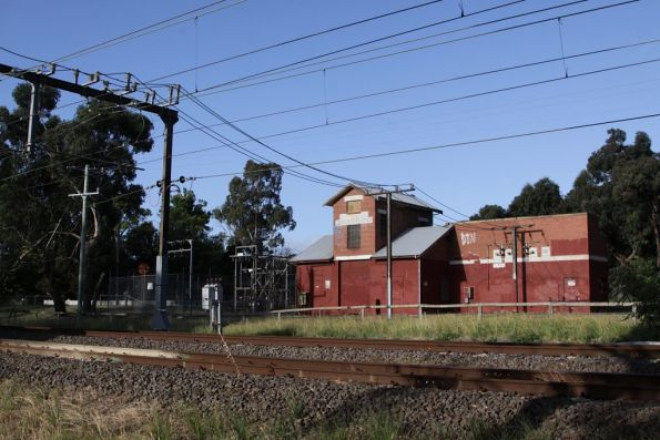 Ferntree Gully substation, apparently the only one of this design, located at the up end of the station