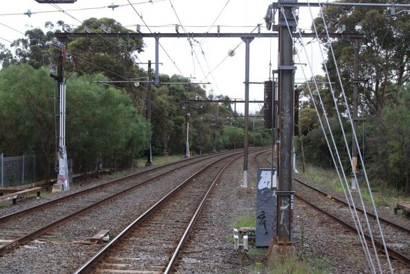 East Camberwell substation, traction feeders connected to the main lines