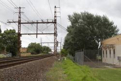 Bentleigh substation, traction feeders to the mainline
