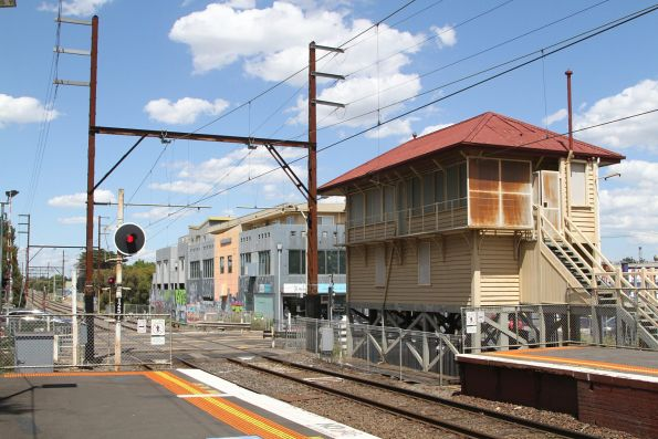 Disused signal box at Fairfield station