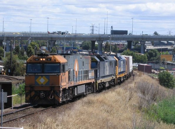 NR92, 8136, 8113 in PN livery, shunting containers from South Dynon towards the North Melbourne flyover