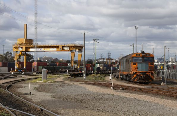 8114 shunting the PN Melbourne Freight Terminal