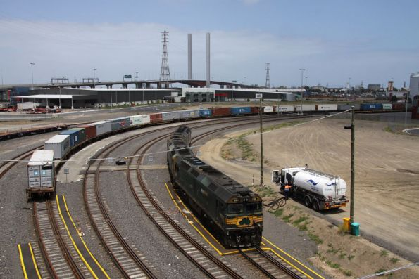 Pacific National - Melbourne standard gauge freight