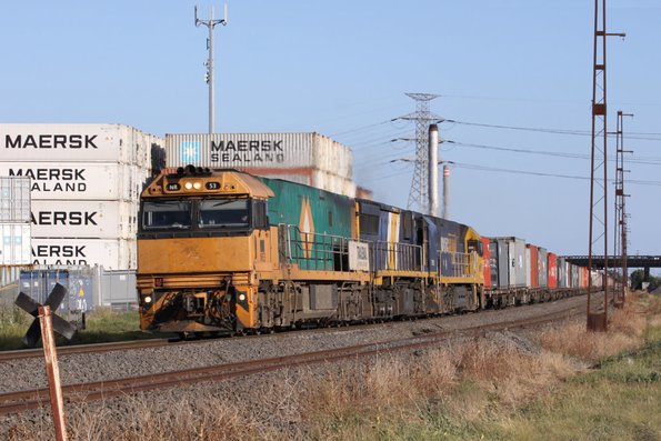 Trailerail liveried NR53 leads XRB561 and PN liveried NR119 on AM3