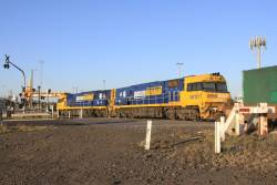 NR121 and NR101 leads an up intermodal service into the Melbourne Freight Terminal