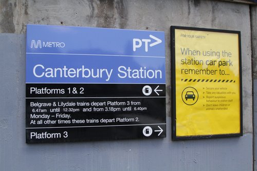 Platform directions at Canterbury station