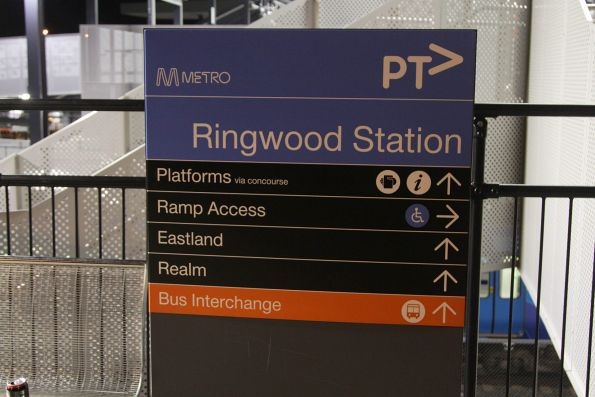 Directional signage at the south entrance to Ringwood station