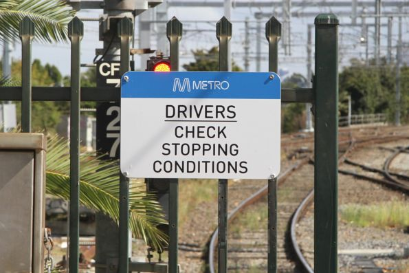 'Drivers check stopping conditions' sign at the up end of Caulfield platform 3