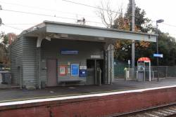 Station building on platform 3 at East Camberwell