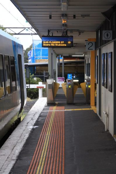 End of platform 2 at Glen Waverley