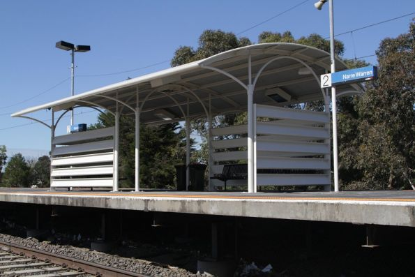 Rather open passenger shelter on the platform at Narre Warren