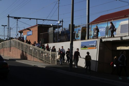 Ramp between platform and street at Ascot Vale station